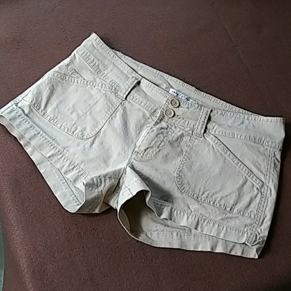 Abercrombie & Fitch Pants - Abercrombie and Fitch shorts